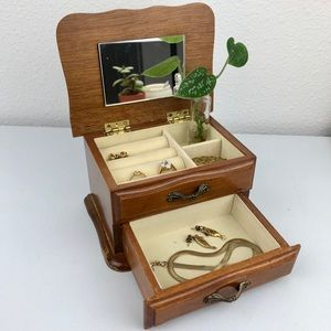 VINTAGE Mini Wood Open Top Jewelry Display Box